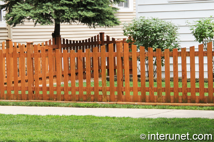 wood-fence-stained-simple-design