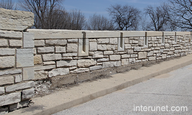 Natural stone stylish brick fence interunet