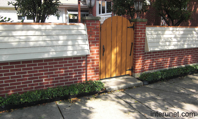 Brick Vinyl Siding Fence Picture Interunet