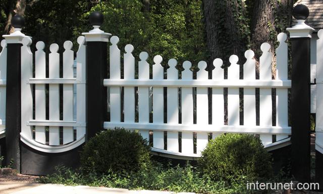 White Fence Designs Posts Black S