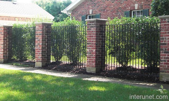 Metal Fence Brick Columns Picture Interunet
