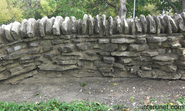 Old stone fence picture interunet