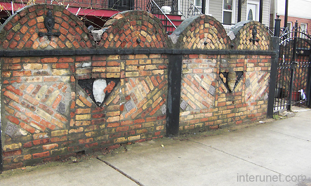 Old Stylish Brick Fence Picture Interunet