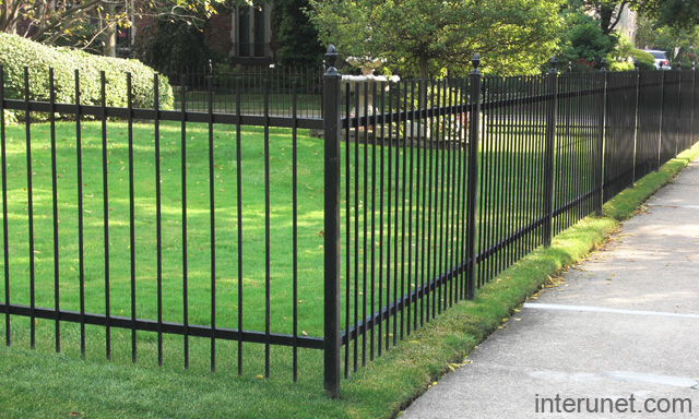 Aluminum powder aluminum powder coated fence - Aluminum vs steel fencing ...